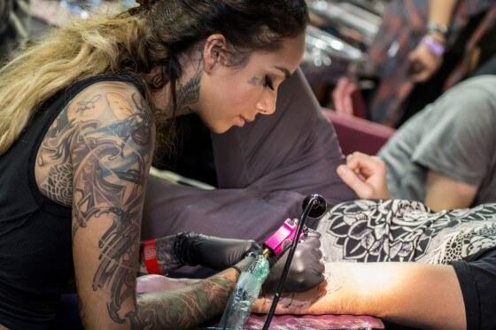 Dövme yapmayı nasıl öğrenebilirim