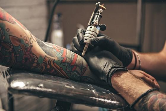 Dövmeci Nasıl Olunur